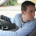Khi lùi xe bạn có quay đầu hay nhìn gương để lùi xe